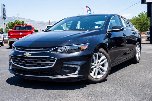 Pre-Owned 2016 Chevrolet Malibu LT SAVE MONEY