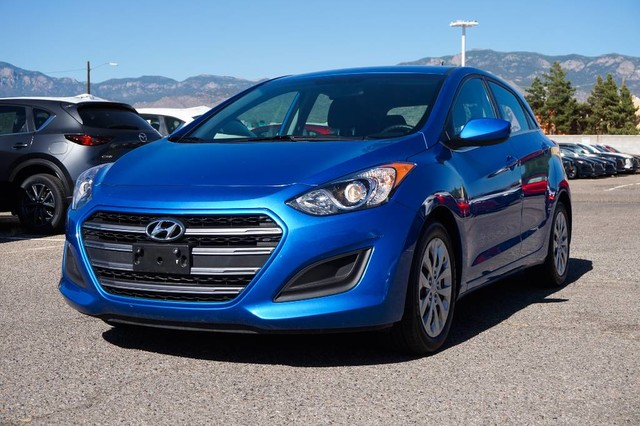 Pre-Owned 2017 Hyundai Elantra GT GAS SAVER