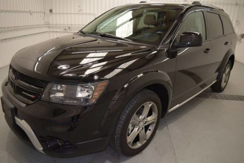 Pre-Owned 2017 Dodge Journey Crossroad Plus AWD