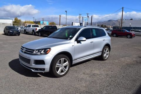 Pre-Owned 2014 Volkswagen Touareg R-Line Loaded